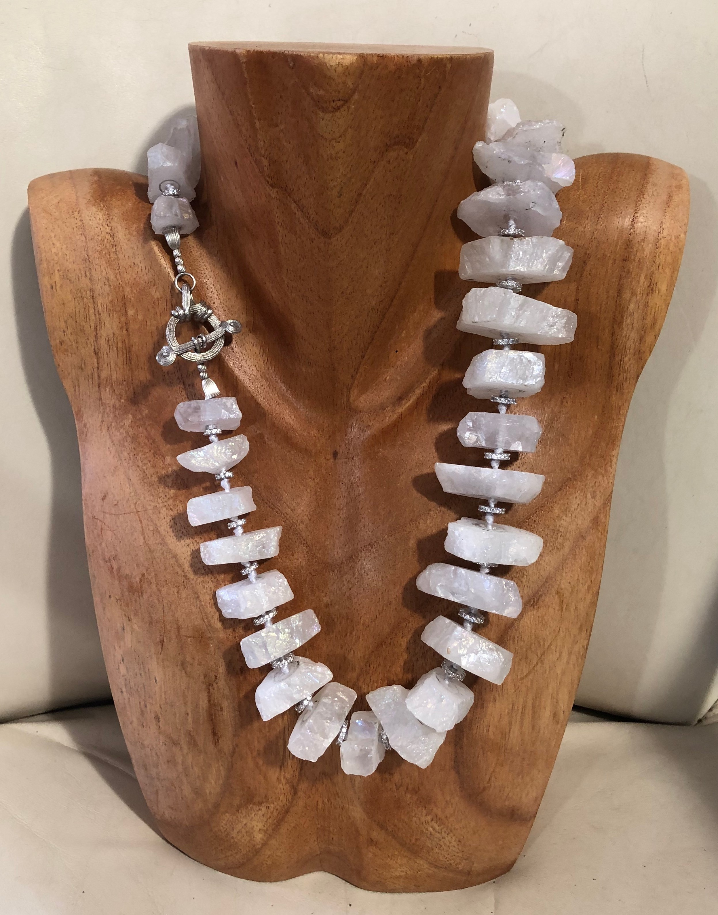 Roulelated Chrystal Necklace